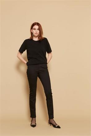 C.Sills Salvadore Cashmere Tee-womenswear-Sparrows